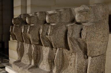Singes qui ornaient le socle de l'obélisque du temple de Louxor, 19e dynastie