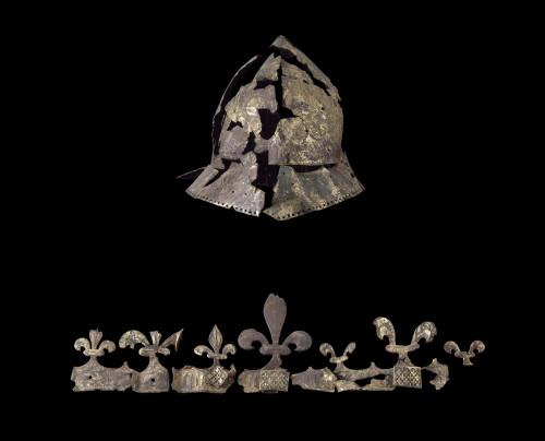 7_Casque de Charles VI.jpg