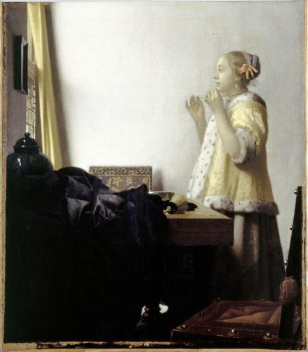 9.Vermeer_Jeune fille au collier de perles(c)BPK, Berlin, Dist. RMN-Grand Palais Jörg P. Anders.jpg