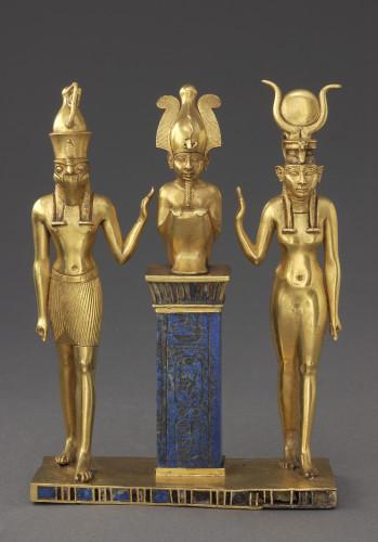 3_Triade Osorkon II © Musée du Louvre, dist. RMN-GP  Christian Décamps.jpg