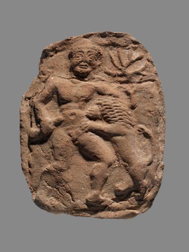 9- Héraclès et le lion de Némée © Musée du Louvre, dist- RMN-Grand Palais  – Philippe Fuzeau