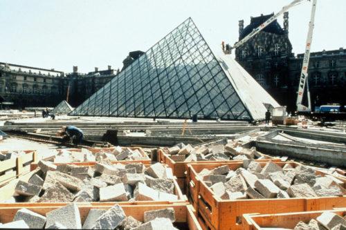 16- La Pyramide en construction, mars 1988 © Musée du Louvre (fonds EPGL) -Patrice Astier-jpg
