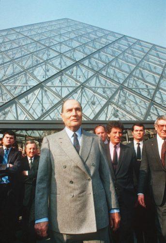 17- Inauguration de la Pyramide par François Mitterrand, 29 mars 1989 © AFP-jpg