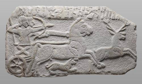 6-Relief avec une scene de chasse  Musee du LouvreDist RMNGrand Palais  Thierry Ollivier-jpg
