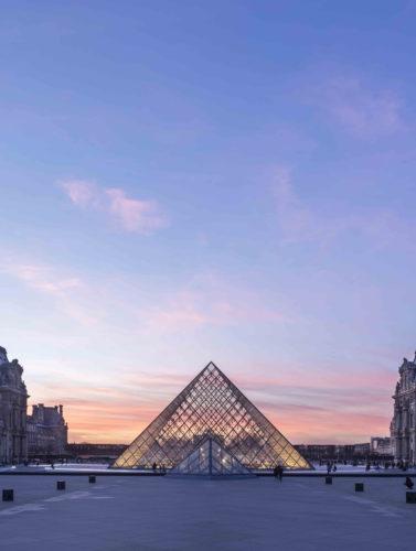 SoirVue de la Pyramide du Louvre   Ieoh Ming Pei 2019 musee du LouvreNicolas Guiraud -jpg