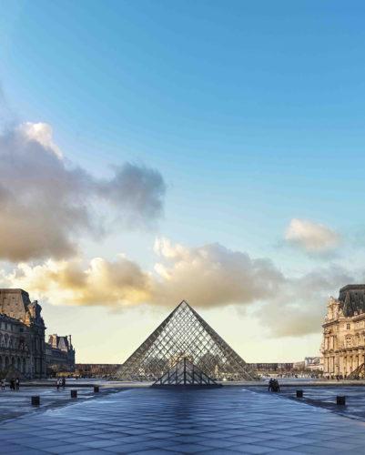 LeverVue de la Pyramide du Louvre   Ieoh Ming Pei 2019 musee du LouvreNicolas Guiraud-jpg