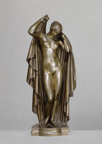 James Pradier, Phryné remettant ses voiles  © RMN-Grand Palais (musée du Louvre) - Christian Jean-jpg