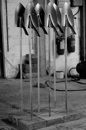 22-Tomi Ungerer, Army of Shovels, 2018© Herman Baily / Courtesy Galerie GP & N Vallois-jpg