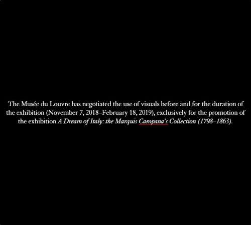 2b. M. Claudio Parisi Presicce plaçant la reproduction en résine du doigt du musée du Louvre sur la main de la statue colossale de Constantin du musée du Capitole. 2018 © Musée du Louvre-jpg