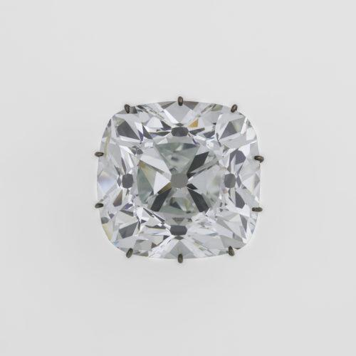 6. Diamant, dit « Le Régent » © RMN-Grand Palais (musée du Louvre) / Stéphane Maréchalle-jpg