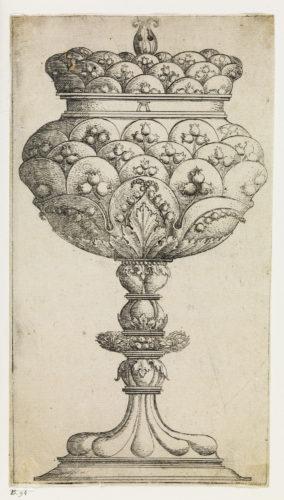 12- Albrecht Altdorfer, Gobelet aux fleurs de muguet © Musée du Louvre, dist- RMN – Grand Palais / Philippe Fuzeau-jpg
