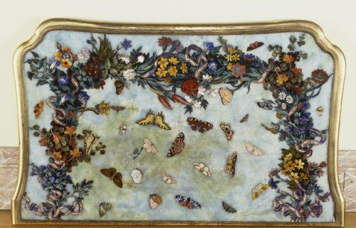 Plateau Fleurs et papillons (c) RMNGP Daniel Arnaudet-jpg