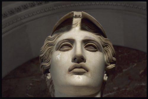 4Athena dite Pallas de VelletriDetail des traces de polychromie sur visageD AGERmusee du Louvre  2003 Musee du Louvre  Etienne Revault-orig-jpg